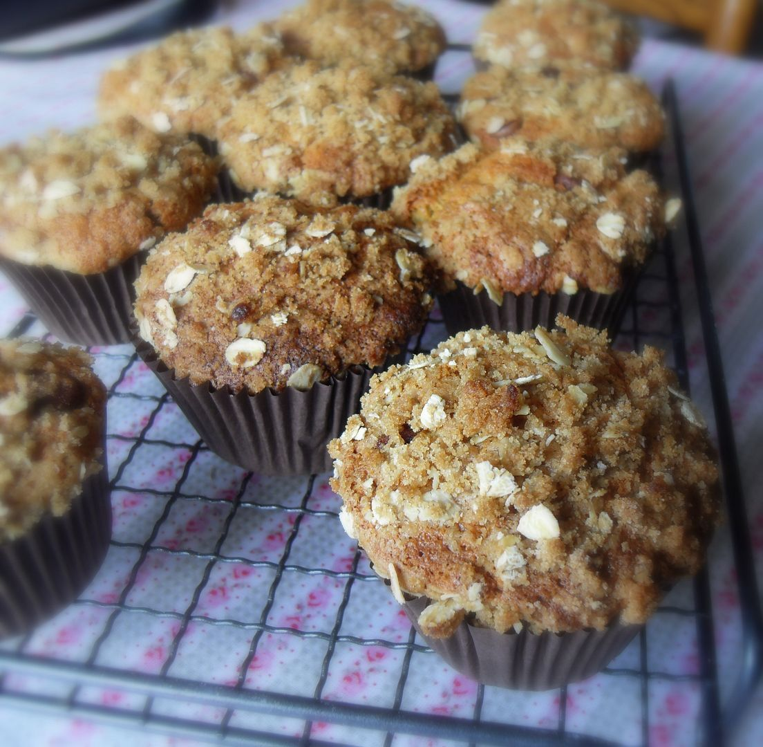 The World's best Banana, Chocolate Chip and Oat Streusel Muffins