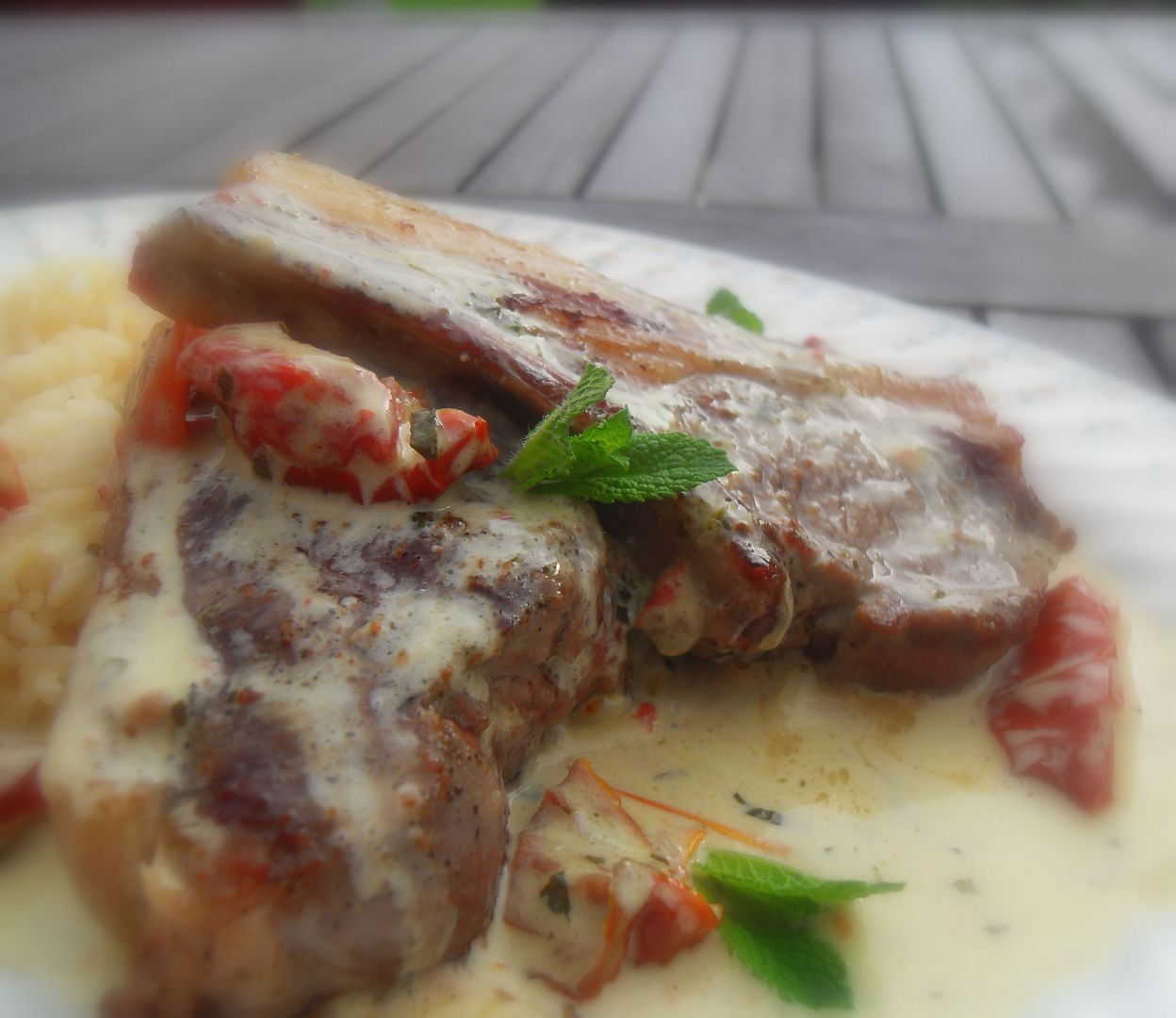 Garlic Lamb Cutlets with a Mint & Sun Blush Tomato Sauce