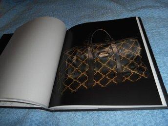 Longchamp Paris Mode väskor handväskor exklusiv bok