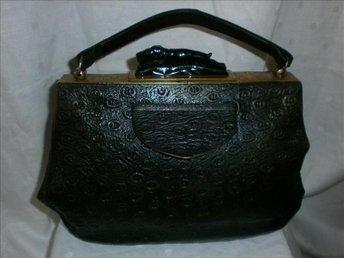 handväska,gammal handväska i läder med hund, vintage, 20-30-tal