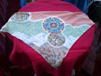 folkdräkt sjal  originellt köpesjal retro