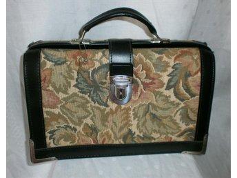väska i gobeläng och konstläder,vintage,60-tal