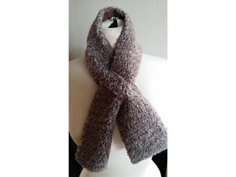 pälskrage halsduk grå