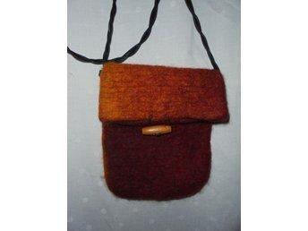 väska i tuvad ull, lajv, medeltid