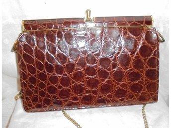 väska i äkta läder med krokodilmönster (ej äkta) vintage, 50-tal