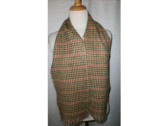 halsduk i hanvävd scetlandsull,vintage,oanvänd