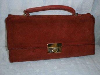väska, liten handväska i röd mocka, läder, vintage, 70-tal