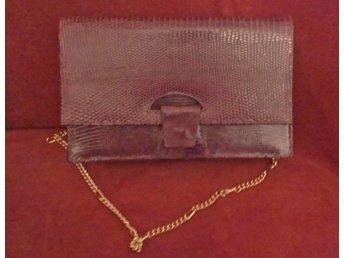 väska i läder, vintage,70-tal, ormimitation