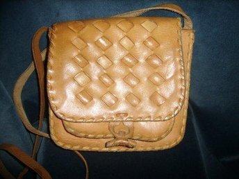 väska, läderväska,vintage,70 tal,boho, hippie, medeltid,lajv