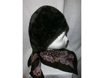 pälsmössa av brun konstpäls+sjal,vintage, 60-tal