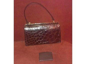 väska i läder med krokodilmönster 8ej äkta krokodil) vintage, 50-tal