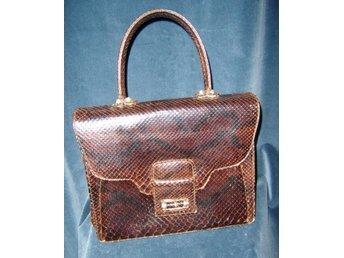 väska i äkta läder,ormmönstrad (EJ ÄKTA)vintage,60 tal