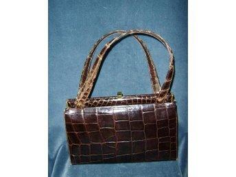 väska,krokodilmönstrad (EJ ÄKTA)läderväska,vintage,50-60 tal