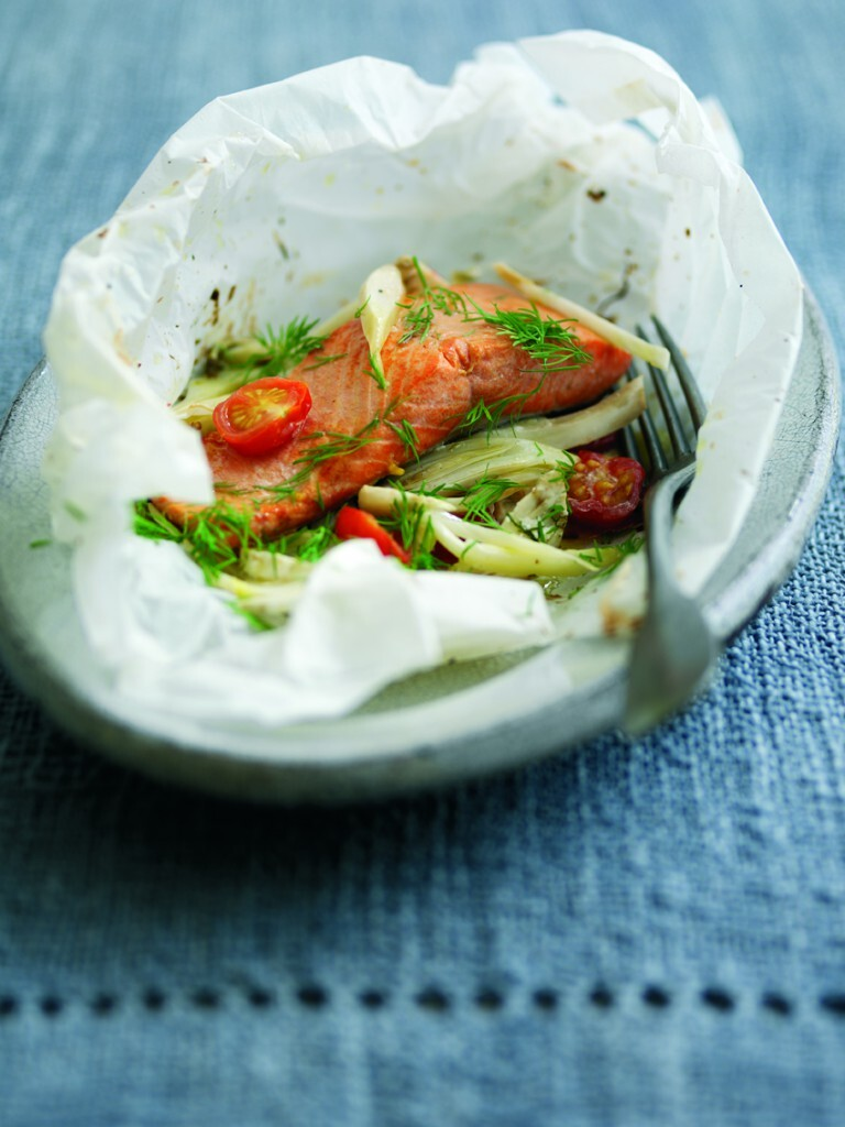 Baked Wild Alaskan Salmon with Cherry Tomatoes, Fennel and Dill