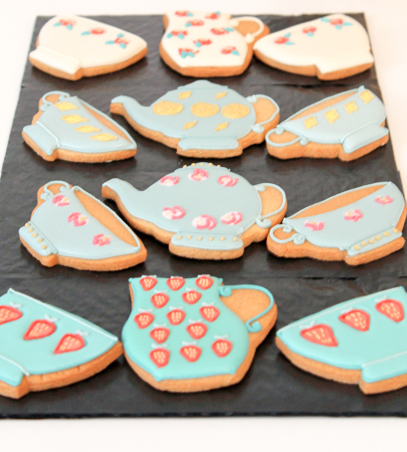 Biscuiteers Luxury Biscuits for Mother's Day