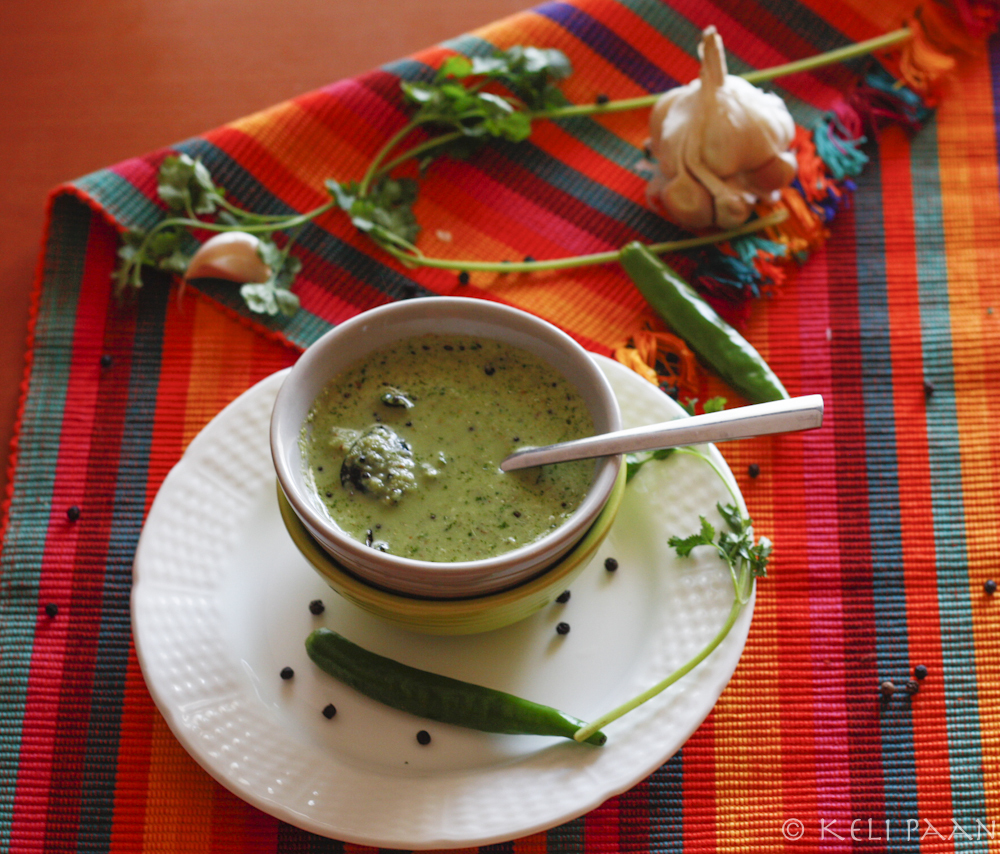 Coriander-Pepper Chutney with hints of Garlic… !