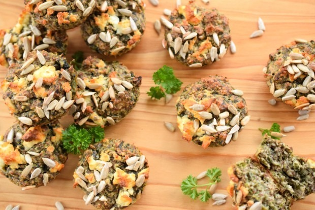 Vegetarische Low Carb Muffins mit Spinat und Nüssen | Low Carb To Go