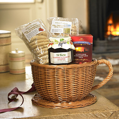 A Tea Time Treat Review: St Kew Teacup Basket Hamper from Lakeland and a Cake Recipe!