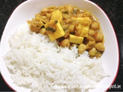 Paneer Chole recipe / Chole Paneer recipe / Paneer wale Cholerecipe /Cottage cheese and Chickpeas curry recipe / How to make Cholepaneer