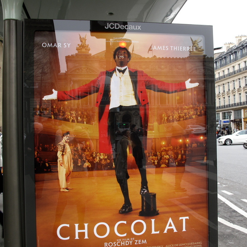 "Circus Teatime in Paris – Homage to the New French Film ""Chocolat"""