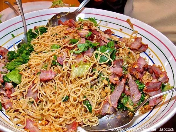 Recipe: Spicy Thai pork and noodle salad