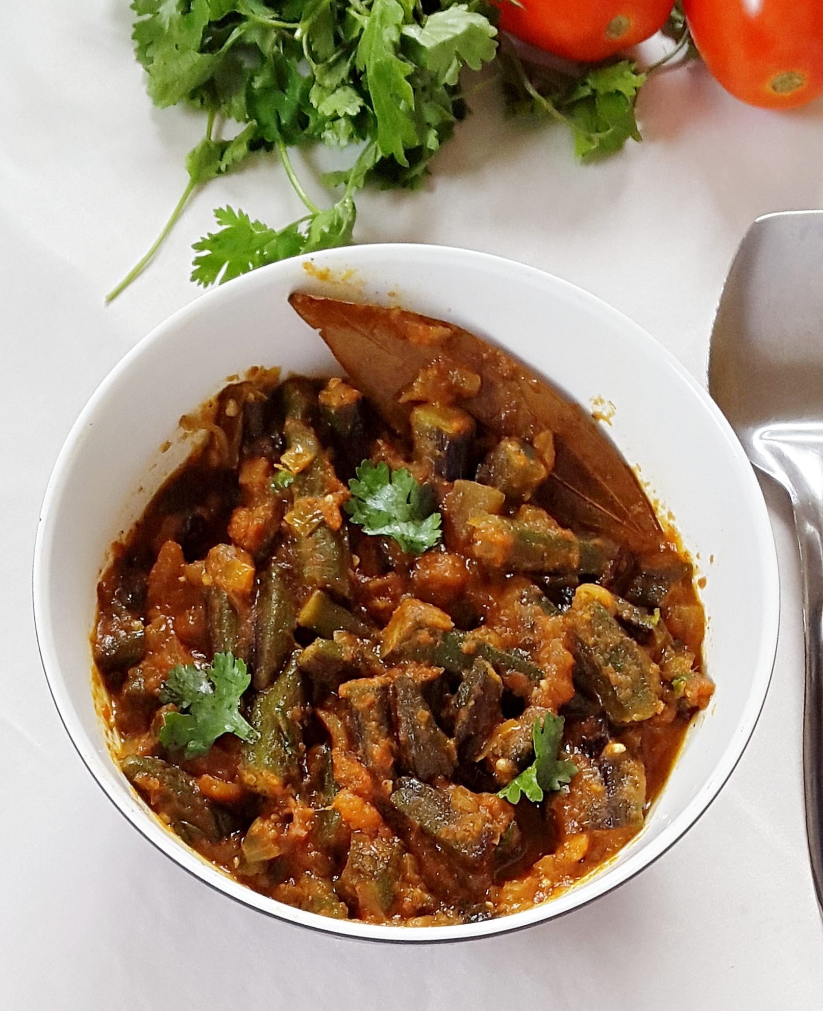 Bhindi masala gravy – Fried okra in a spicy tomato sauce