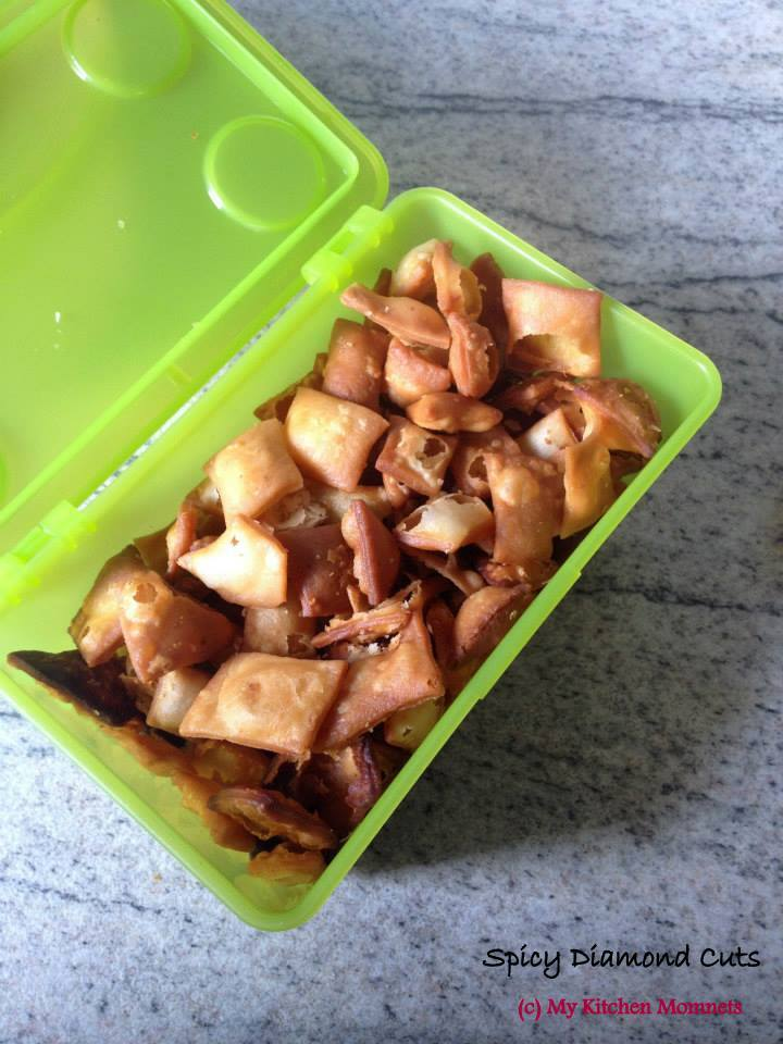 Spicy Diamond Cuts –  an evening snack made from whole wheat flour