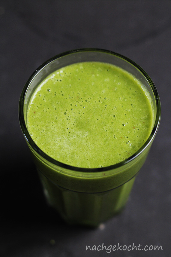 Green Smoothie mit Matcha