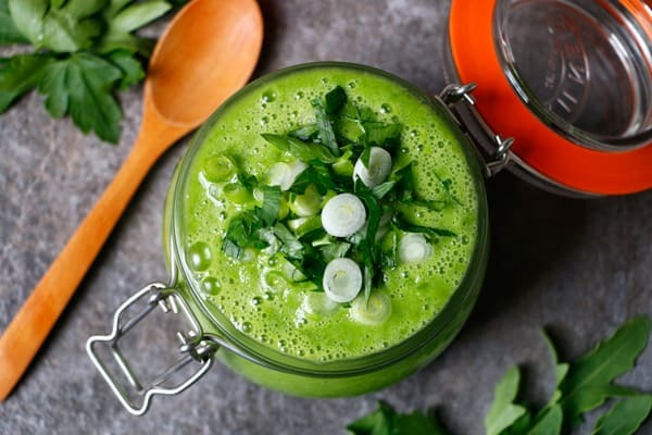 Chilled Green Summer Soup (grain-free & vegan) + video