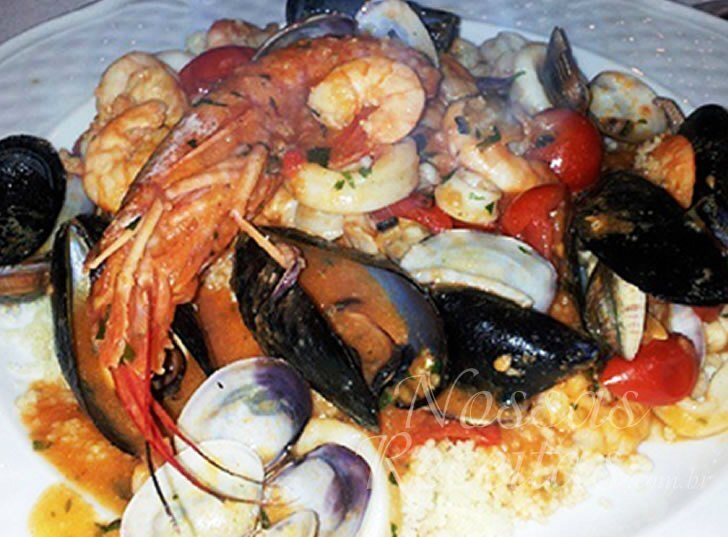 Receita de cuscuz marroquino com frutos do mar