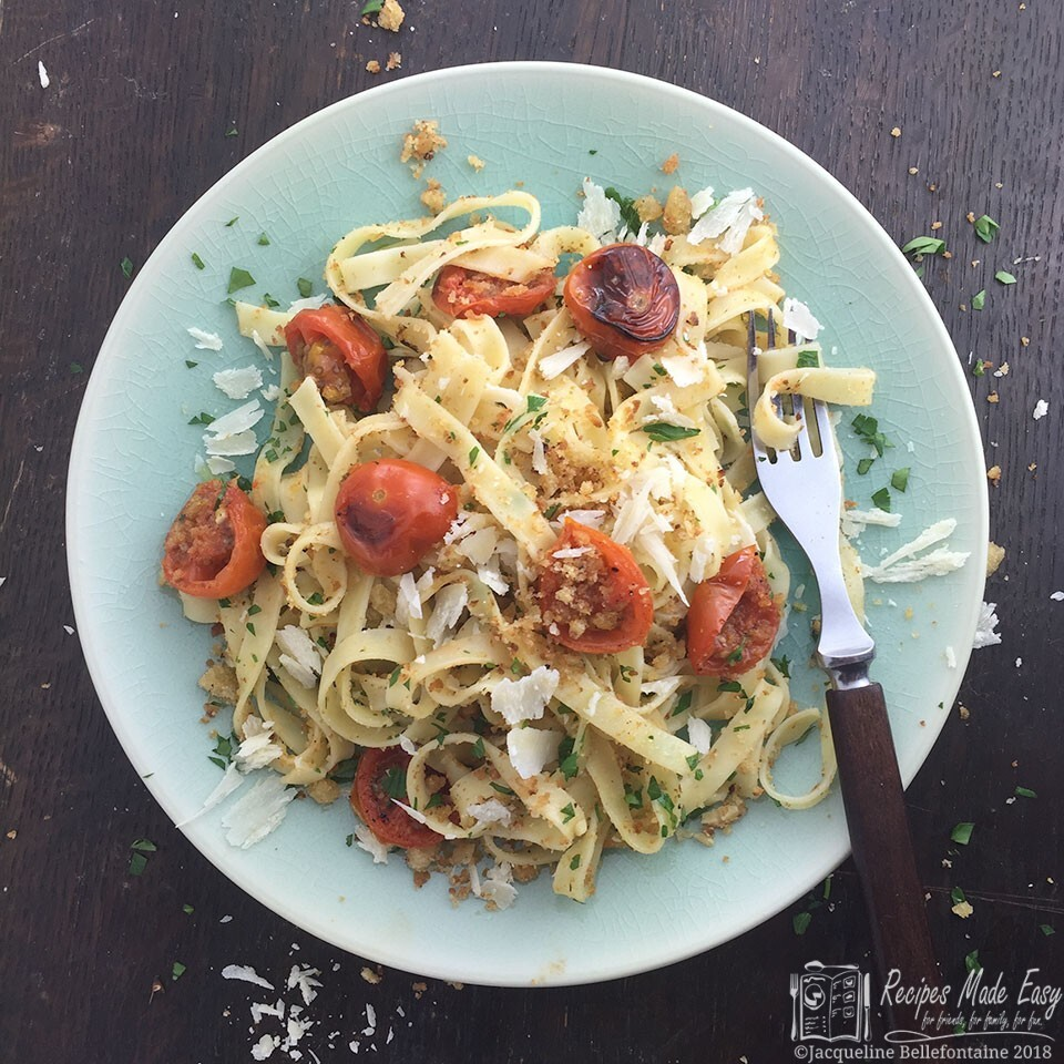 Tagliatelle with cherry tomatoes and  garlic crumbs