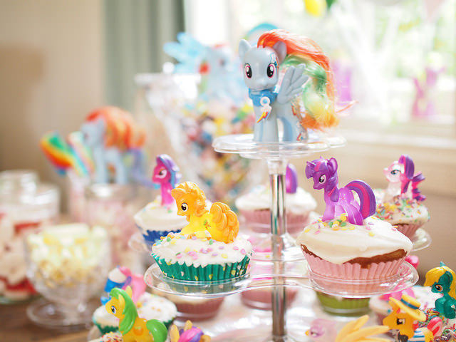 how to create the ultimate My Little Pony Party + giveaway