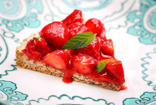 Hazelnut Tart With Fresh Strawberries
