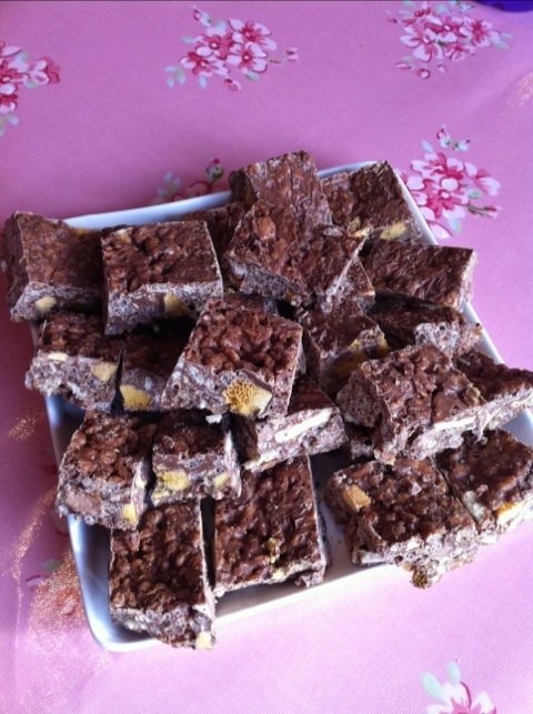 Easy Peasy Rocky Road