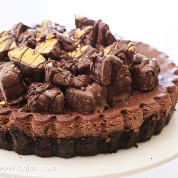 Honeycomb Chocolate Cheesecake