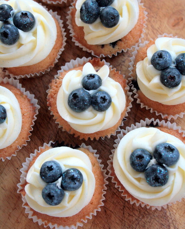 American blueberry cupcakes