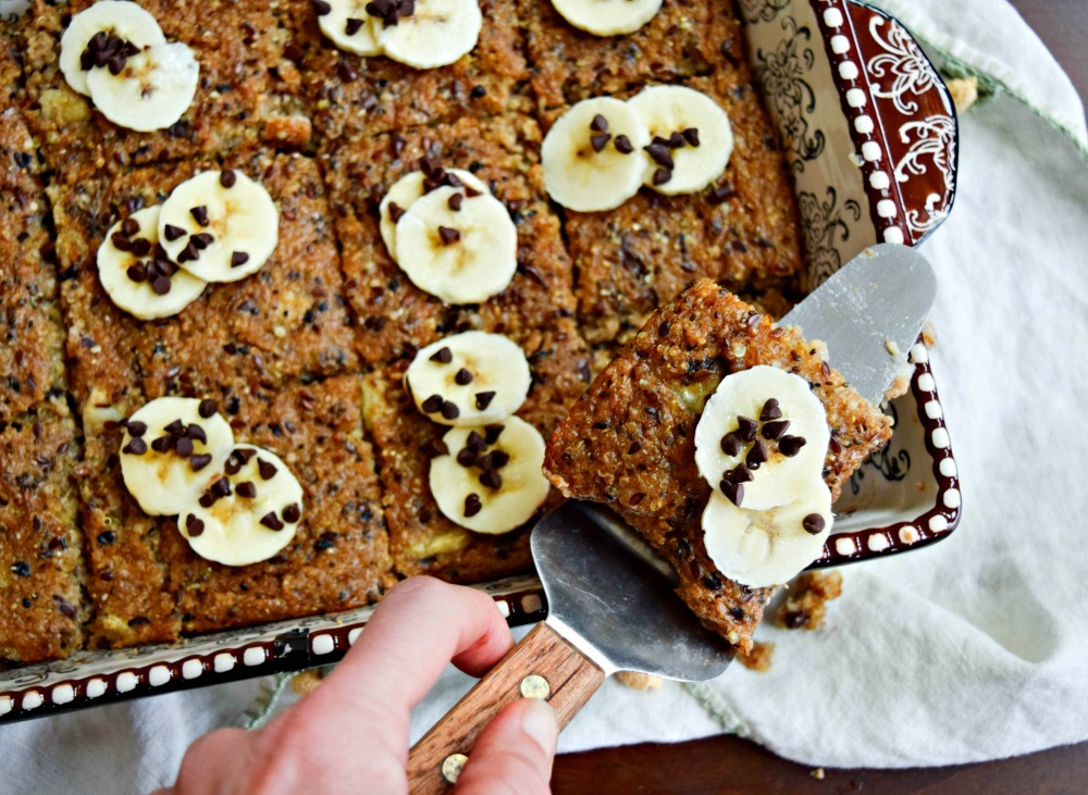 Banana, Quinoa, Oats 'n More Breakfast Bake