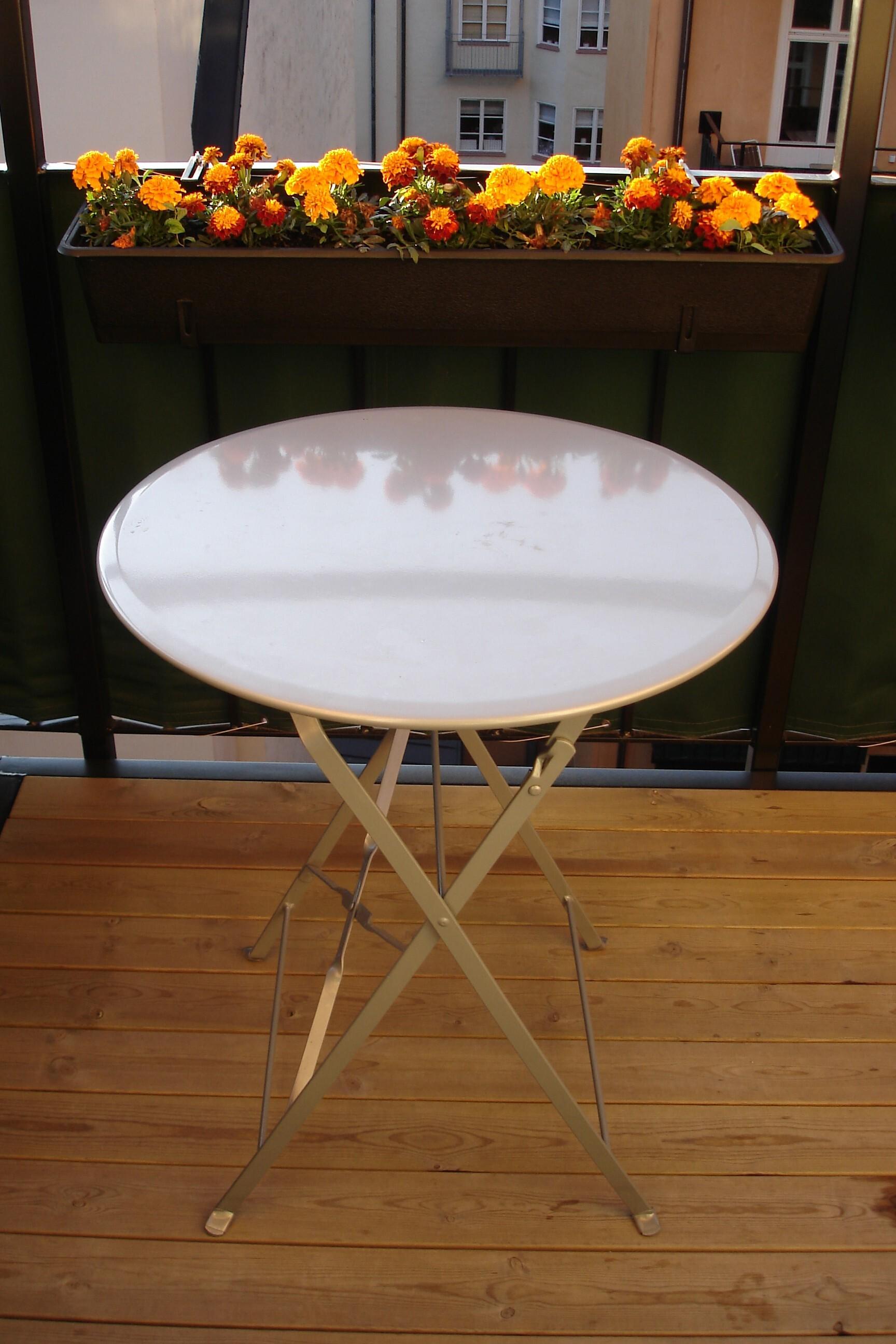 Cafébord i silverlack