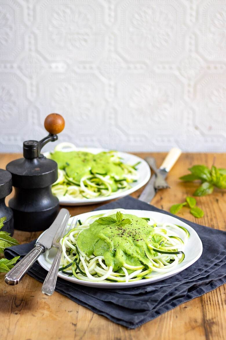 Spiralized Courgette / Zucchini Fettuccine with Pea Mint Sauce {+ Gefu Spiralfix Review}