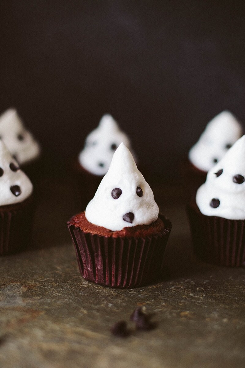 Vegan Dark Chocolate Cupcakes with Marshmallow Ghosts!