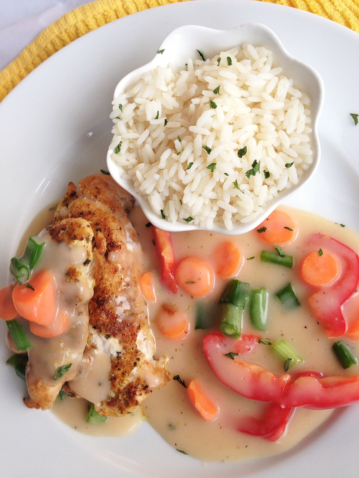 Chicken in White Sauce and Rice