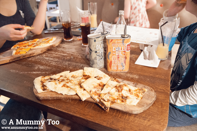 We sampled a family meal at Zizzi and tested their new sweet pizza