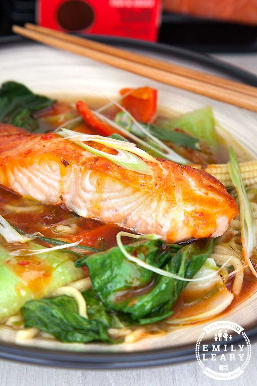 Spicy salmon noodle soup – ready in 20 minutes