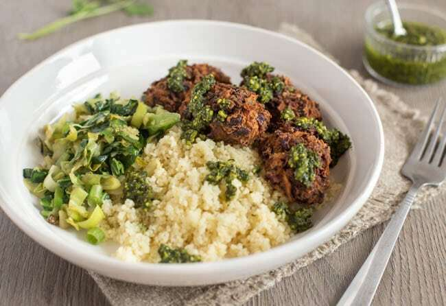Mushroom and kidney bean koftas with herby pesto