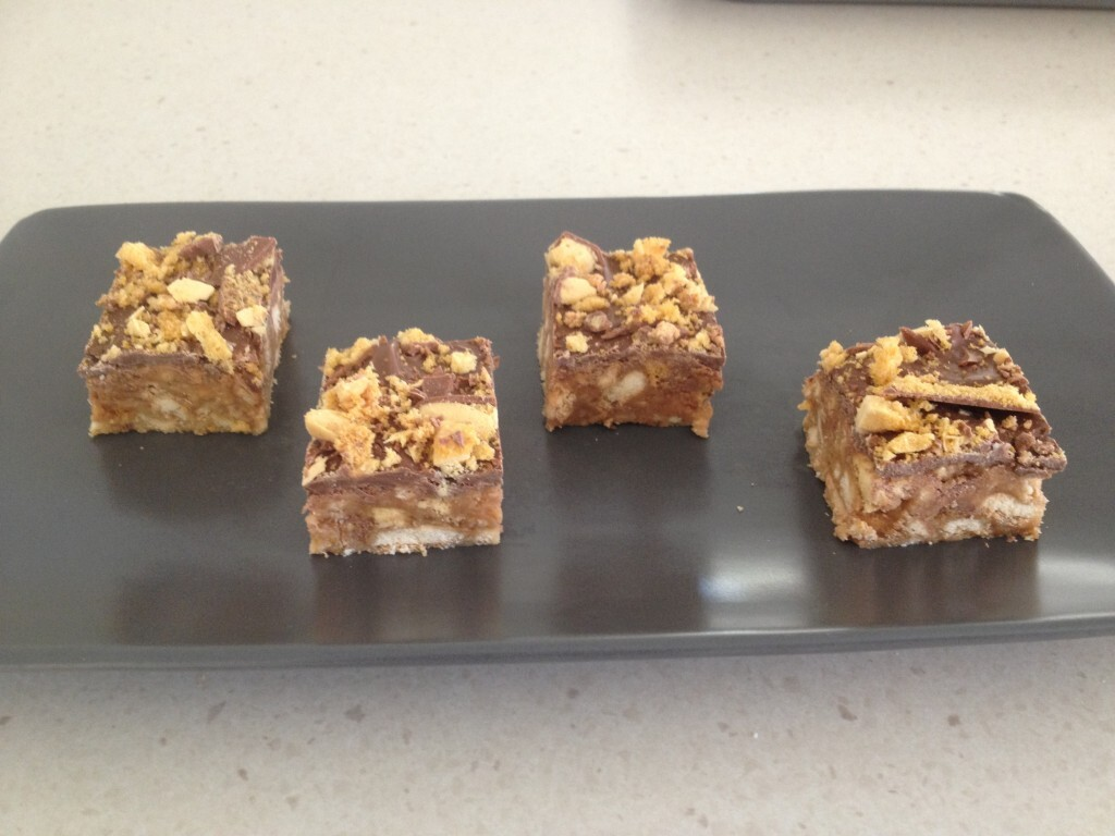Chocolate Crunchie Honeycomb Slice