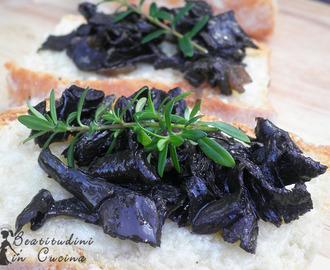 Ricette di con funghi trombette di morto mytaste for Cucinare zucchine trombetta