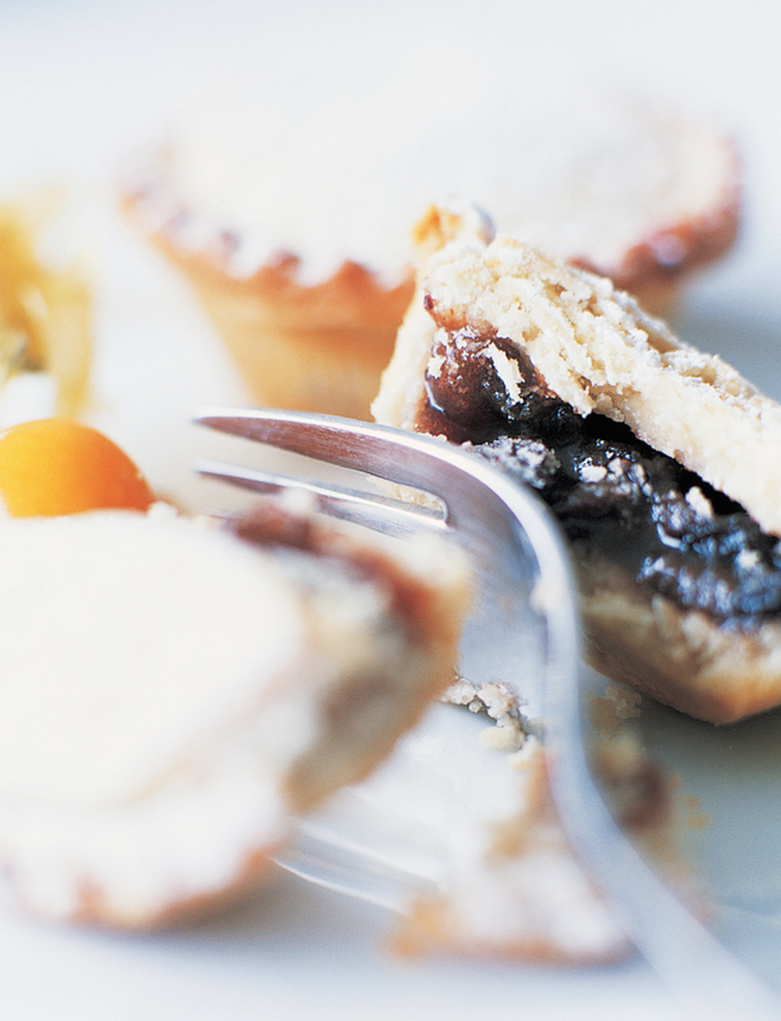 On fruit mincemeat and Christmas fruit mince tartlets
