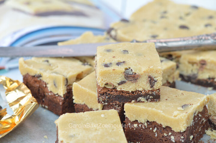 Cookie dough brownies uit Laura's Basisbakboek