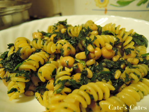 Recipe: Pasta with Chickpeas and Greens