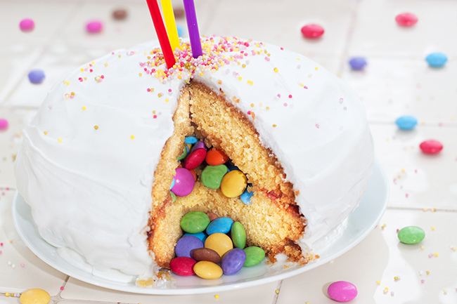 how to make a cake with smarties inside